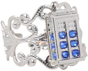 Filigree Style Tardis Ring