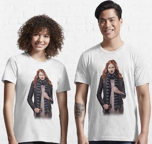 Amy Pond With Scarf T-Shirt